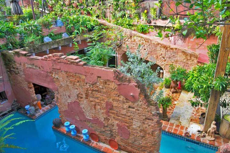 Pool - The Gallery Inn - San Juan