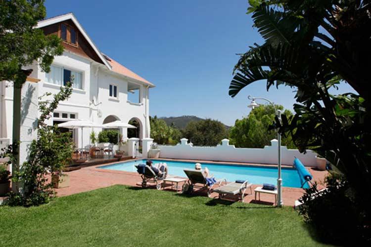 Pool View - Abbey Manor - Ciudad del Cabo