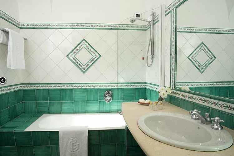 Bathroom - Albergo Gatto Bianco - Capri, Ischia und Procida