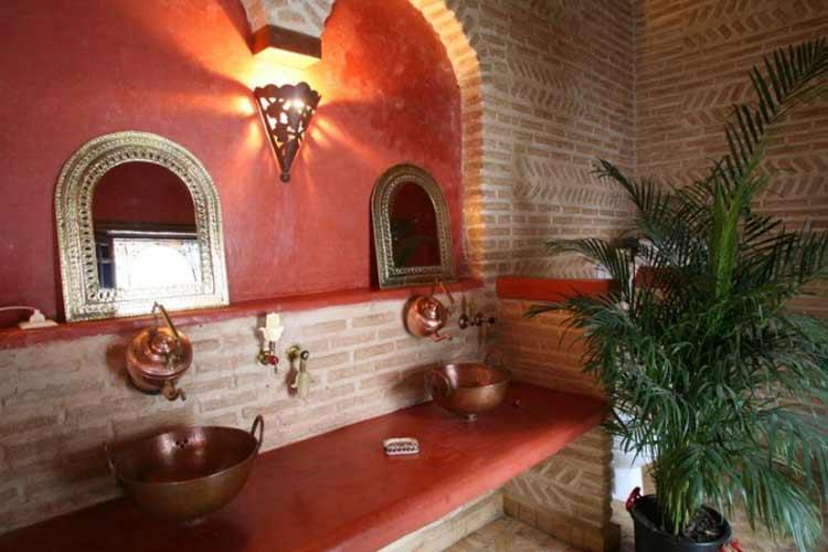 Red Suite Bathroom - Riad Laaroussa - Fes