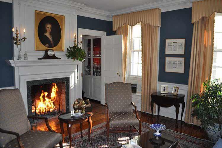 Salon - The Francis Malbone House - Newport