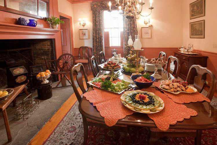 Dining Room - The Francis Malbone House - Newport
