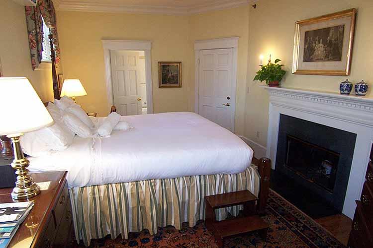 Newport Double Room - The Francis Malbone House - Newport
