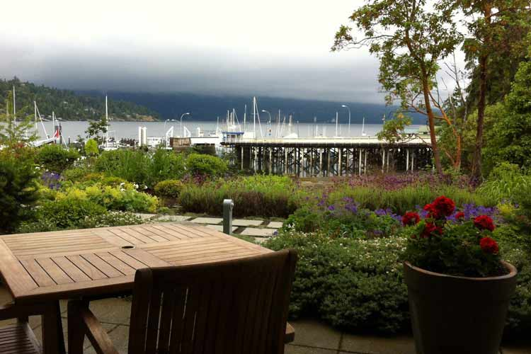 Terrace - Brentwood Bay Lodge and Spa - Victoria