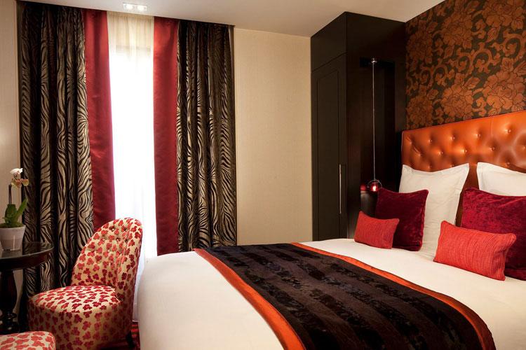 Classic Double Room - Hotel Le Petit Paris - Paris