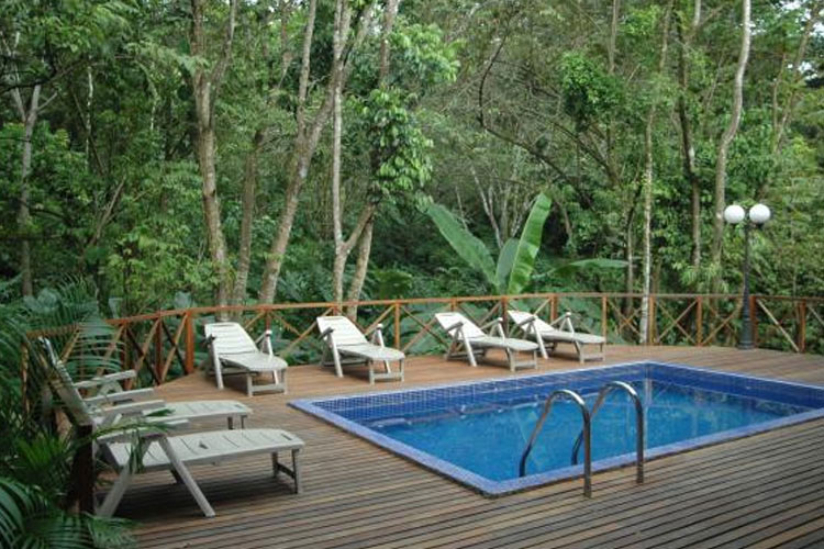 Swimming Pool - Hotel Plaza Yara - Quepos