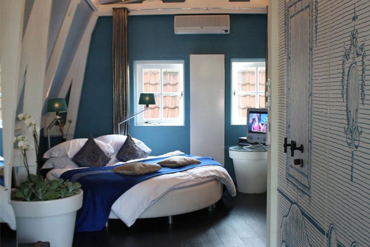 Blue Bed - Kamer 01 - Amsterdam