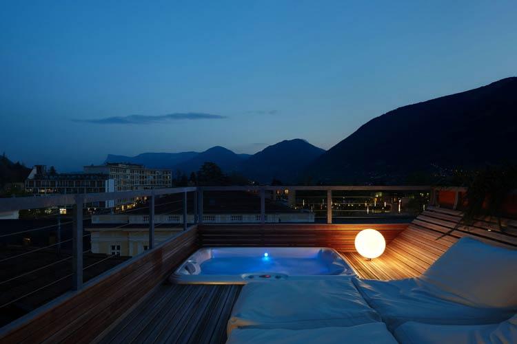 Jacuzzi - Art & Design Boutique Hotel ImperialArt - Merano