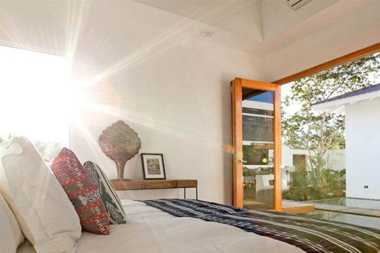 Private Villa Bed - Ka'ana Boutique Resort - San Ignacio