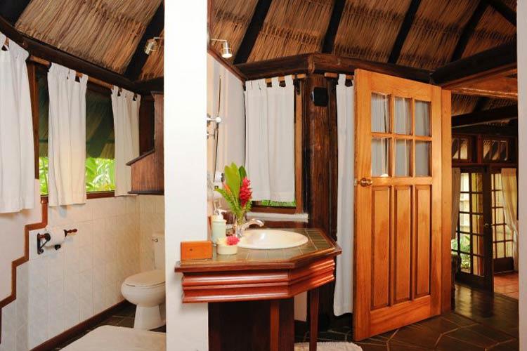 Cottage Bathroom - Chaa Creek - San Ignacio