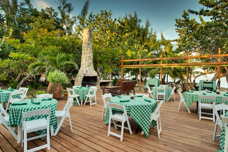 Restaurant - Robert's Grove Beach Resort - Placencia