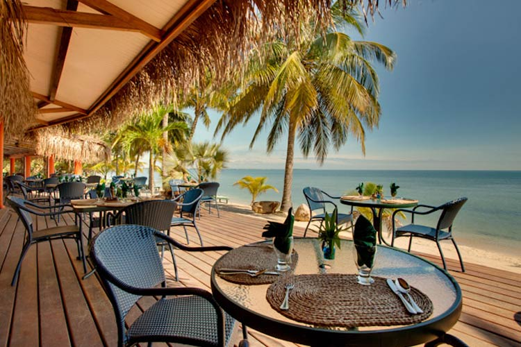 Seaside Restaurant - Robert's Grove Beach Resort - Placencia