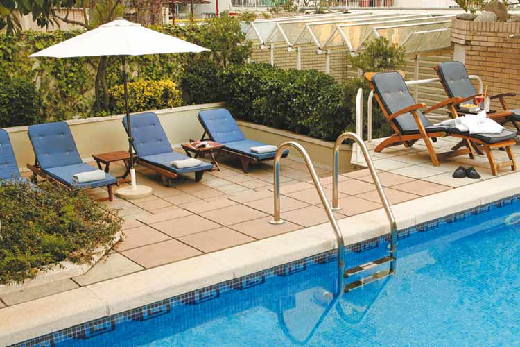 Pool - Gran Derby Hotel - Barcelona