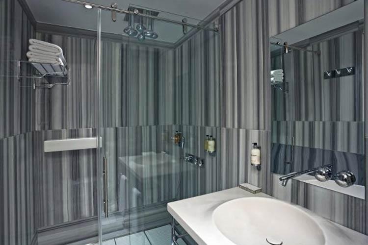 Bathroom - Witt Istanbul Suites - Istanbul