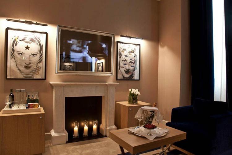 The First Luxury Art Hotel Roma A Boutique Hotel In Rome Page