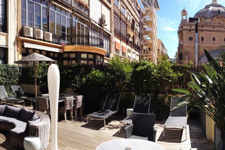 praktik rambla a boutique hotel in barcelona. Black Bedroom Furniture Sets. Home Design Ideas