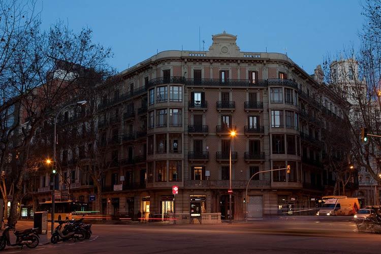 Facade - Anba Bed & Breakfast Deluxe - Barcelona