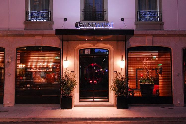 Facade - Eastwest Hotel - Ginebra