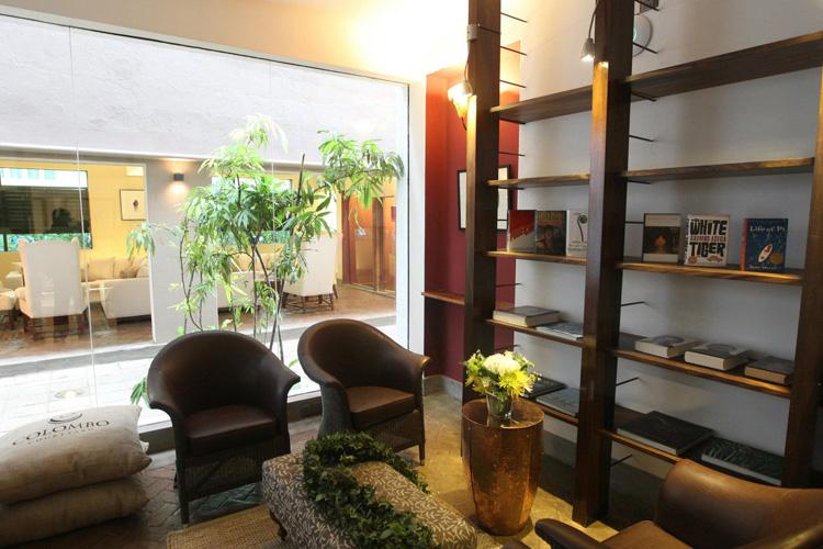 Living Room - Colombo Courtyard - Colombo