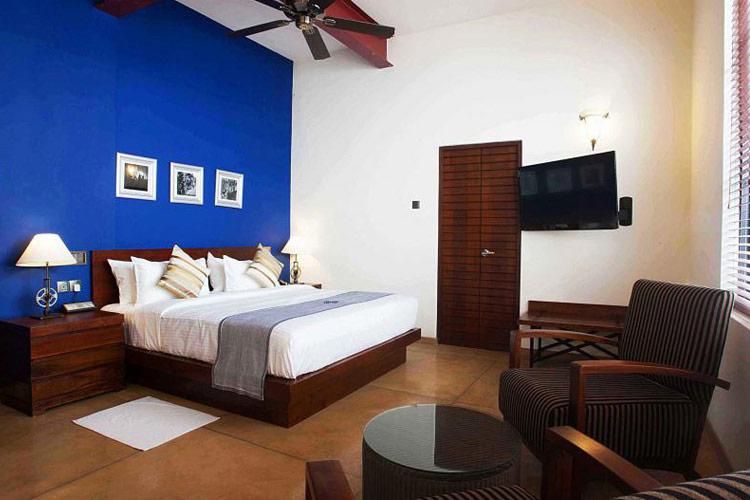 Deluxe Double Room - Colombo Courtyard - Colombo