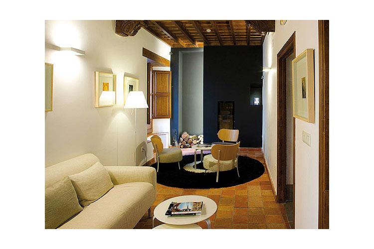 Library - Gar-Anat Hotel de Peregrinos - Grenade