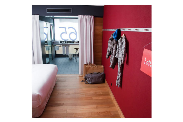 casa camper berlin a boutique hotel in berlin. Black Bedroom Furniture Sets. Home Design Ideas