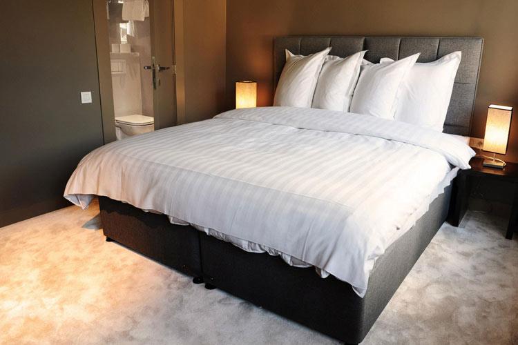 Hotel neufchatel h tel boutique bruxelles for Chambre de partenariat euro afrique de belgique