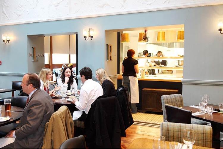 Restaurant - The Alma Wandsworth - Londres