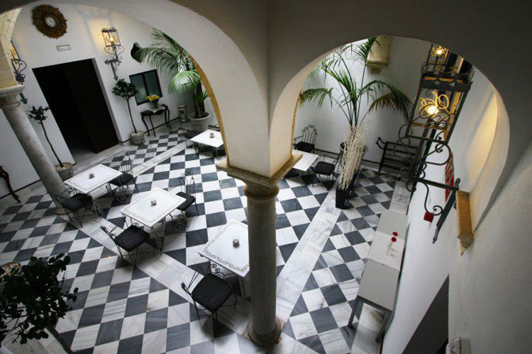 Courtyard - Palacio San Bartolomé - El Puerto de Santa María