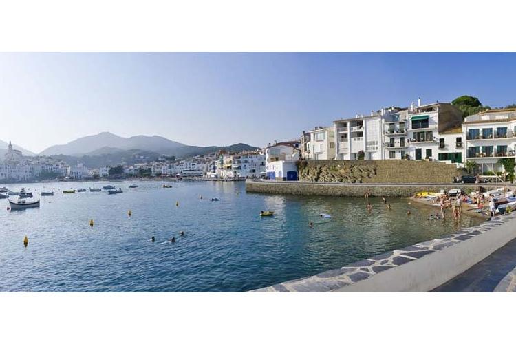 Facade - Hotel Playa Sol - Costa Brava
