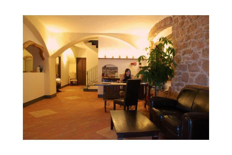 Nascar hotel ein boutiquehotel in sardinien for Design hotel sardinien