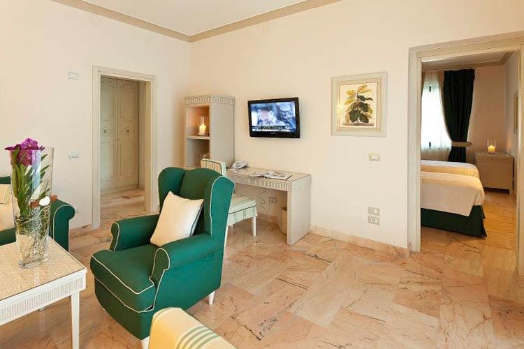 Suite Mini Jacuzzi - Garden & Villas Resort - Capri, Ischia und Procida