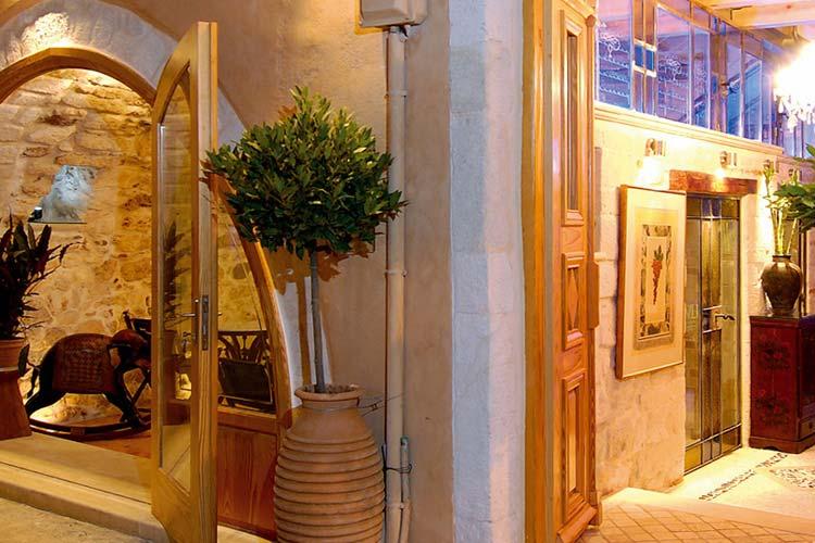 Entrance - AVLI Lounge Apartments - Rethymno