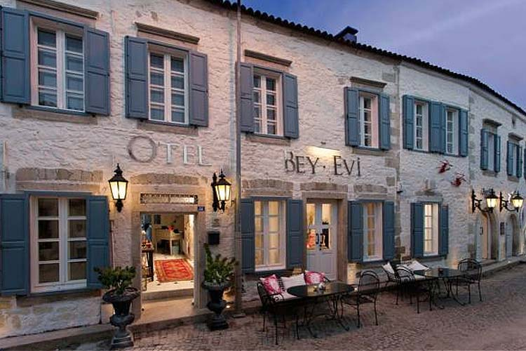 Beyevi ala ati hotel a boutique hotel in izmir for Design boutique hotel alacati