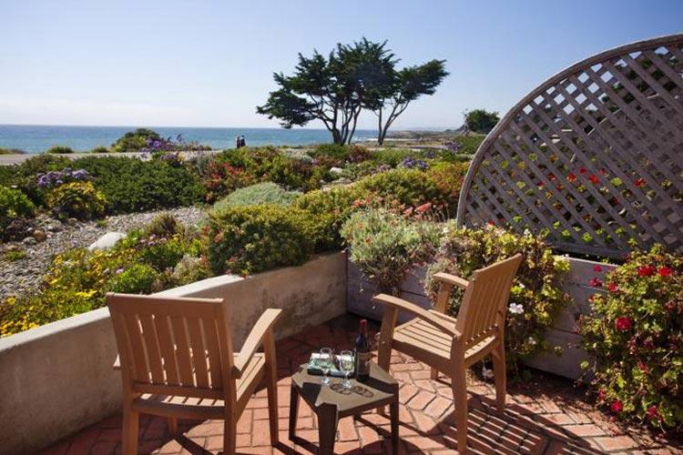 pelican inn suites a boutique hotel in cambria. Black Bedroom Furniture Sets. Home Design Ideas