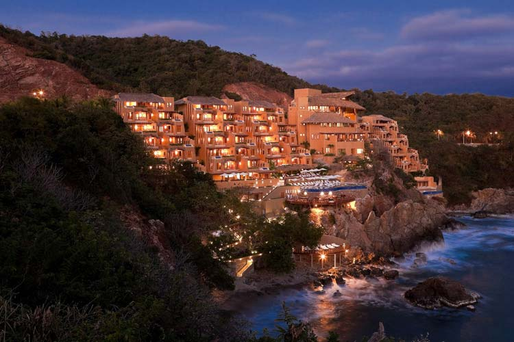 Night View - Capella Itxtapa - Ixtapa