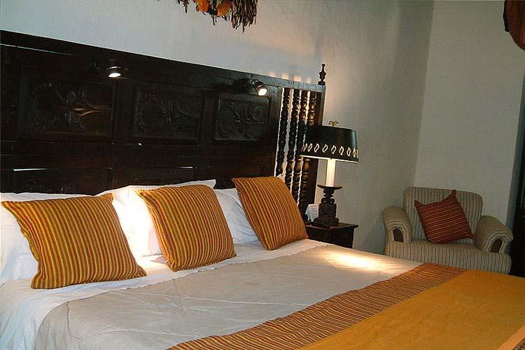Standard Room - Hotel Mansión Iturbe - Pátzcuaro