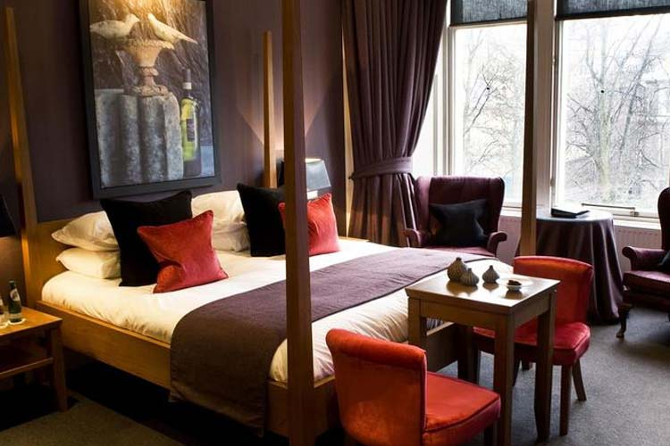 Top 10 New York Hotels in New York | Hotel Deals on Expedia