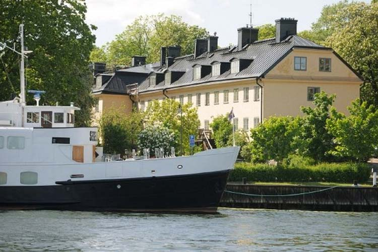 Hotel skeppsholmen a boutique hotel in stockholm for Design hotel 1690