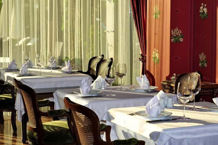 Restaurant - Villa Augusto Hotel - Konakli