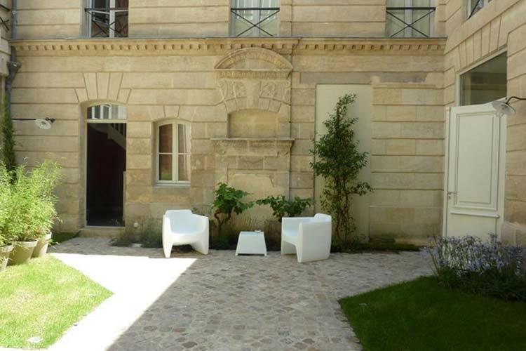 L\'Hotel Particulier Bordeaux, a boutique hotel in Bordeaux