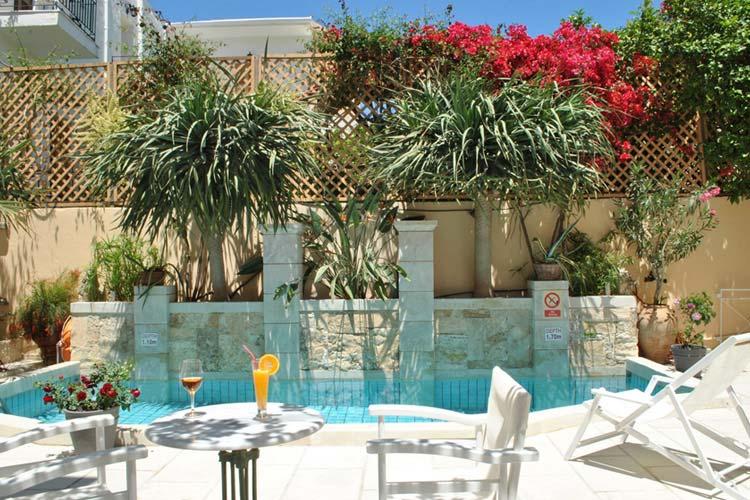 Terrace - Mythos Suites Hotel - Rethymno