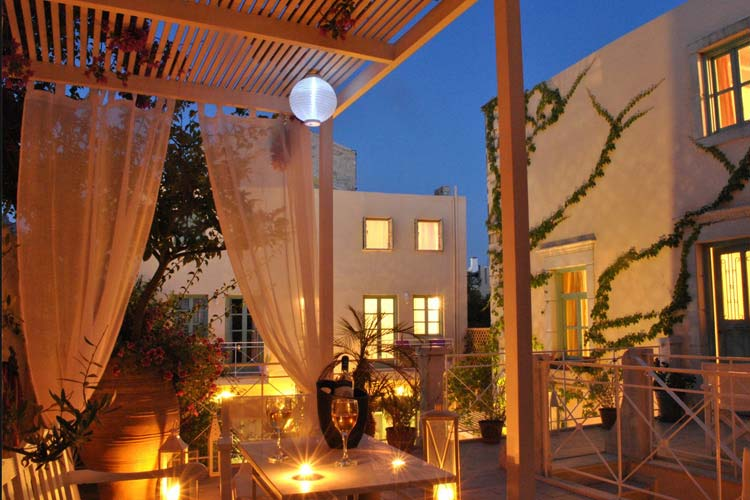 Night View - Mythos Suites Hotel - Rethymno