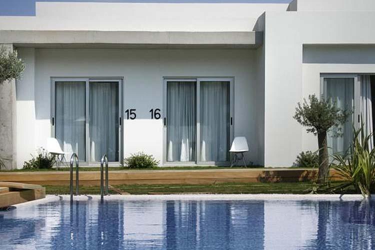Rooms from the pool - Yu Hotel - Göltürkbükü