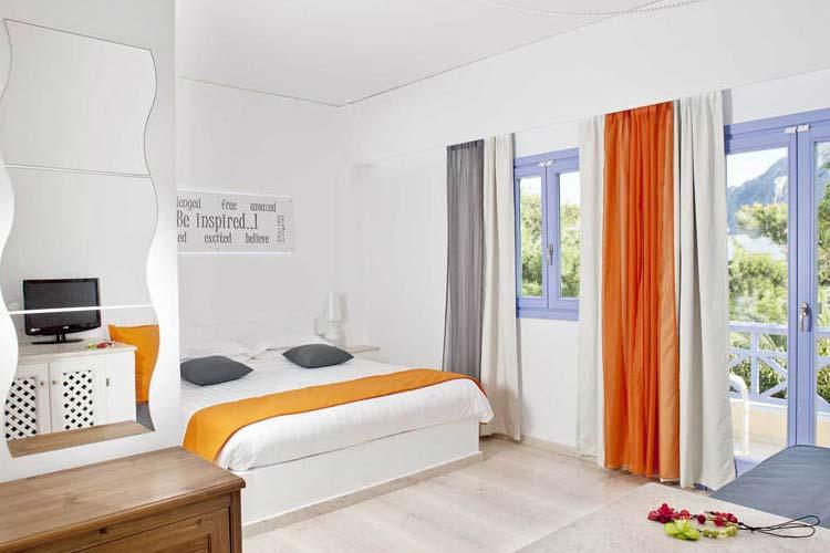 Family Suite - Acqua Vatos Hotel - Kamari