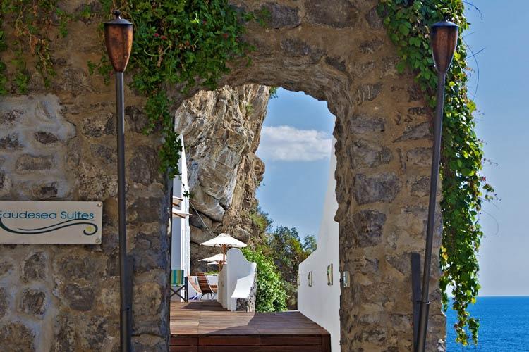 Entrance - Casa Angelina - Costa Amalfitana