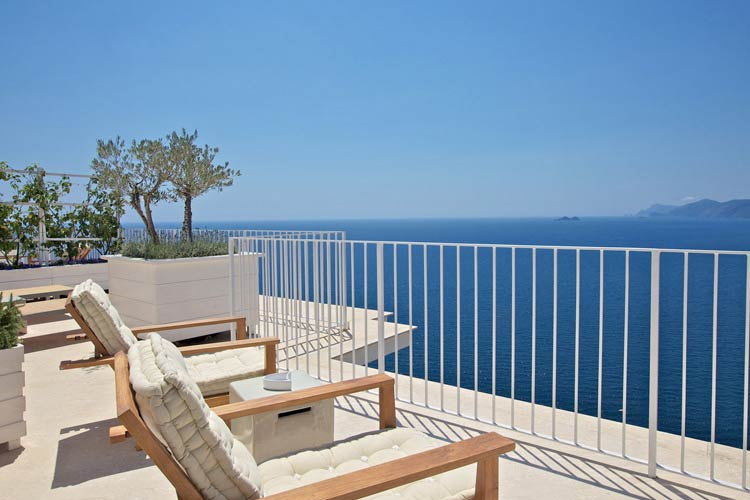 Terrace and Views - Casa Angelina - Costa Amalfitana