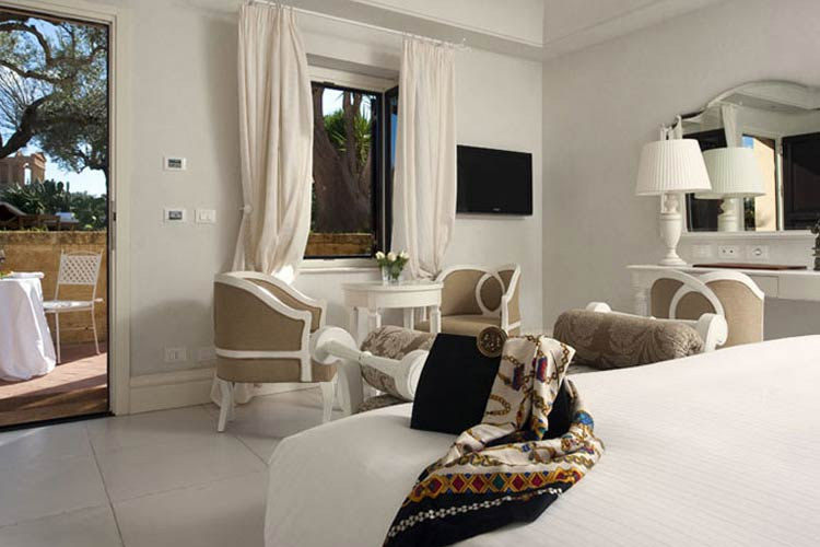 Hotel villa athena ein boutiquehotel in sizilien for Design hotel sizilien