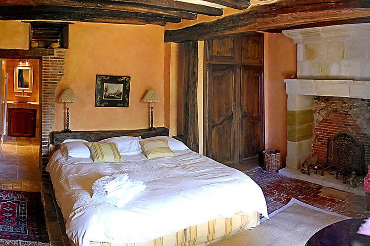 Chateau de la barre a boutique hotel in loire valley for Hotel design loire