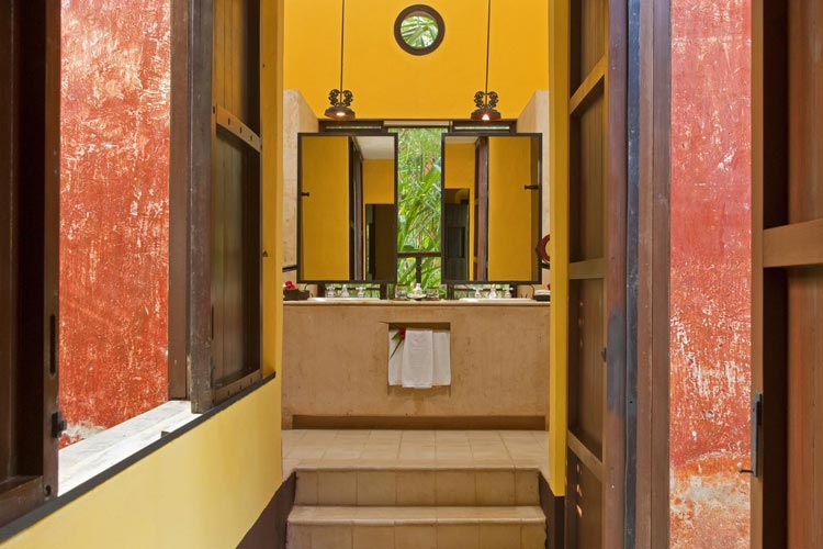 Bathroom - The Hacienda Uayamon - Uayamón